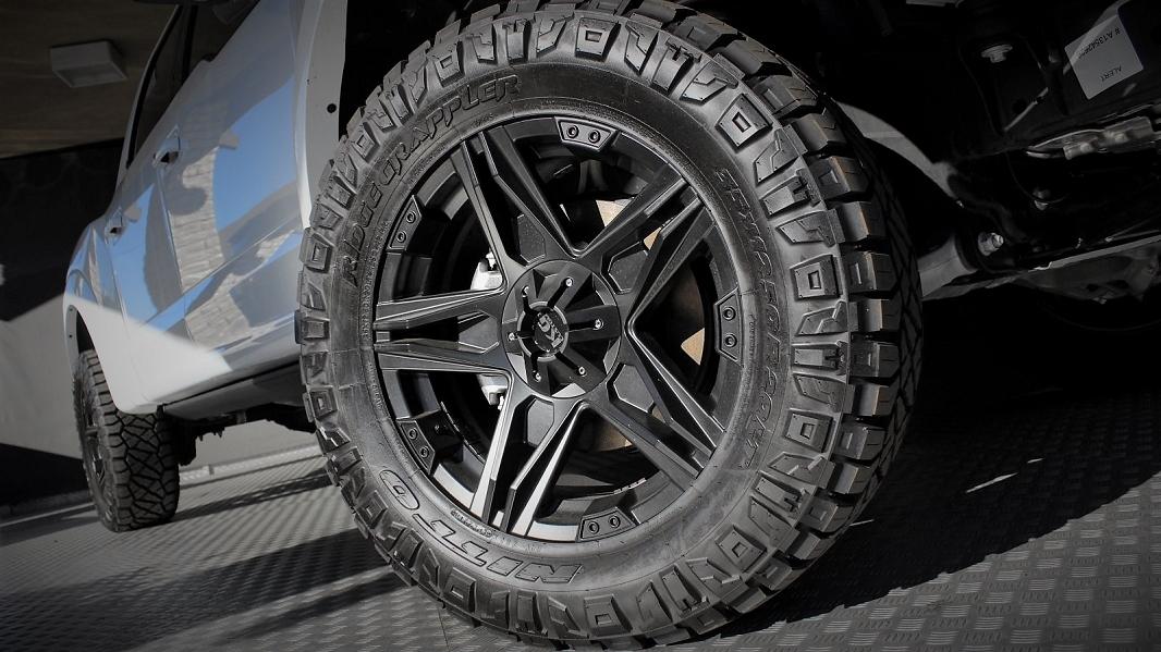 FORD F150 Raptor uscars white custom 525hp