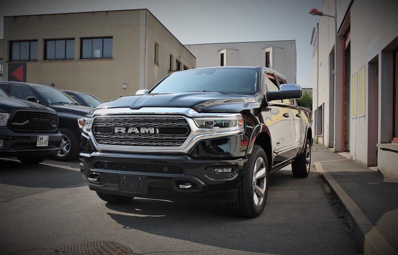 DODGE RAM 1500 crew cab limited 5.7l hemi 2019