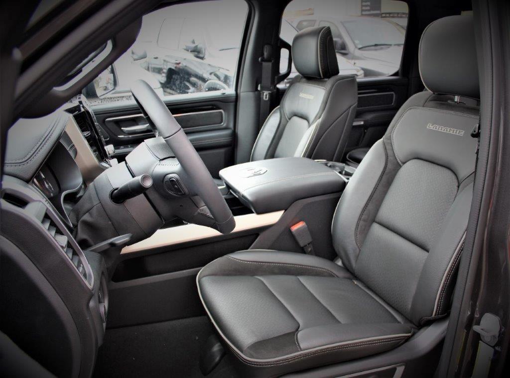 DODGE RAM 1500 laramie sport 4x4 crew cab 5.7l hemi 395hp