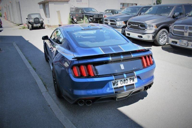 FORD MUSTANG Shelby gt 350 v8 5.2 l 533 hp