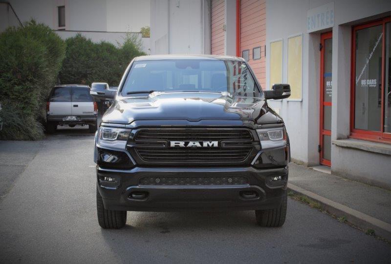 DODGE RAM 1500 laramie sport 4x4 crew cab 5.7l hemi 395hp suspensions pack alp