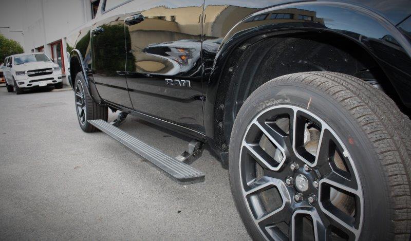 DODGE RAM 1500 laramie sport black 4x4 crew cab 5.7 hemi 395hp suspensions pack alp