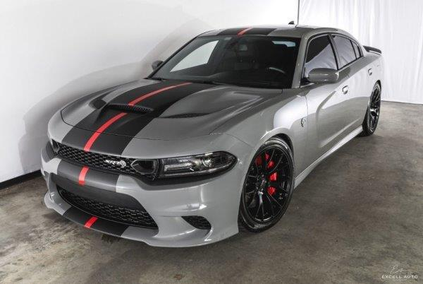 DODGE CHARGER Srt hellcat 6,2 l v8 supercharged 707 hp