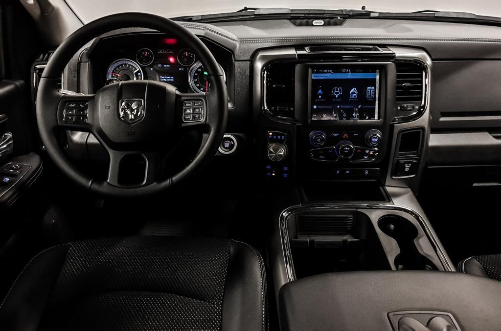DODGE RAM 1500 sport classic 4x4 crew cab v8 5.7l hemi 395hp